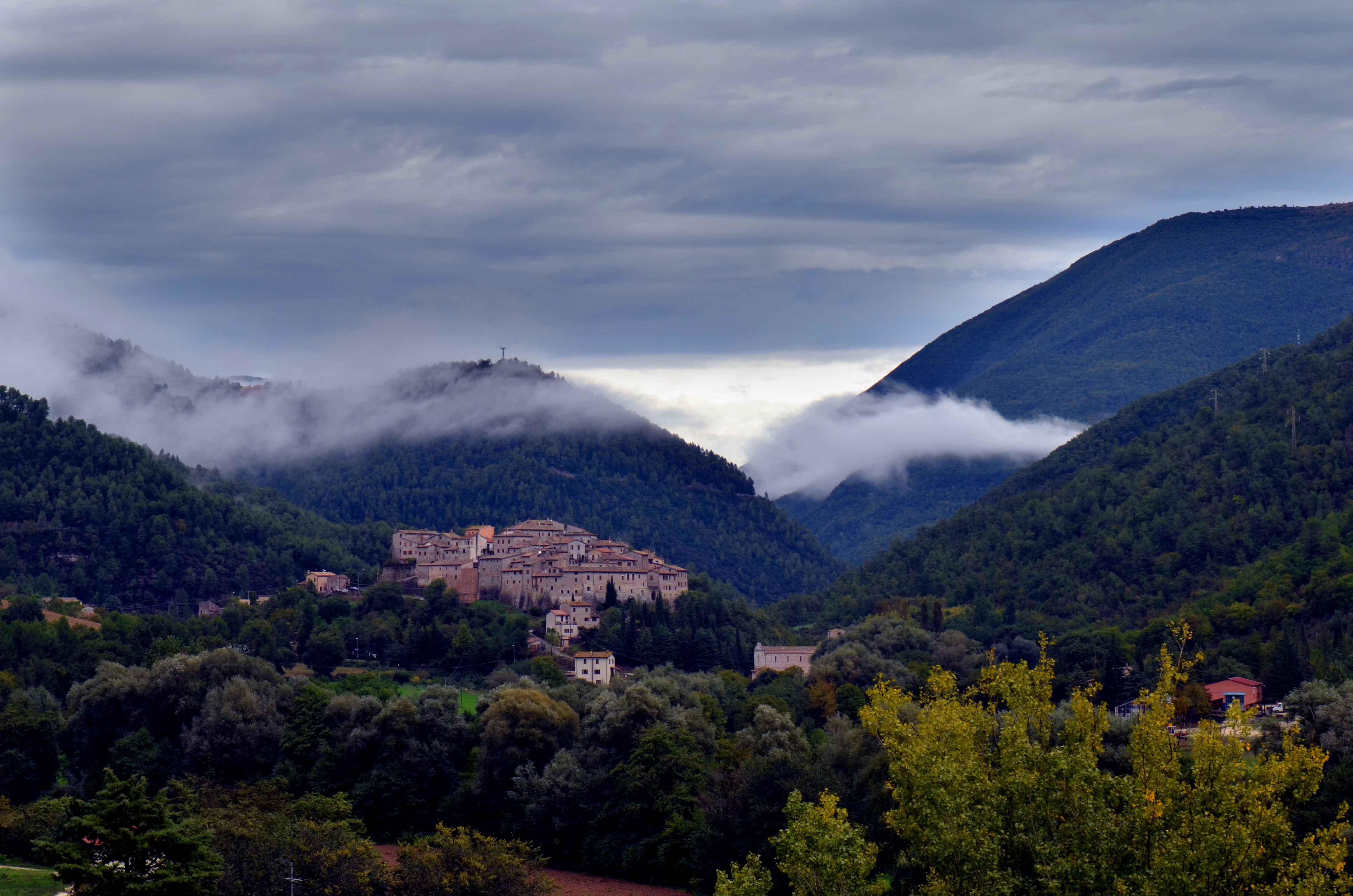 Castel San Felice nella Valle Incantata, Valnerina